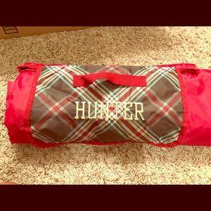 "Thirty-one gifts ""Hunter"" mat"